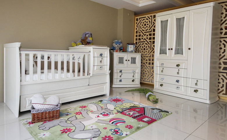 Klasik bebek odası modeli