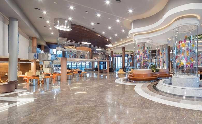 Otel Lobi ve Odalarında Lüks Zemin Döşemelerinin Tasarıma Etkisi