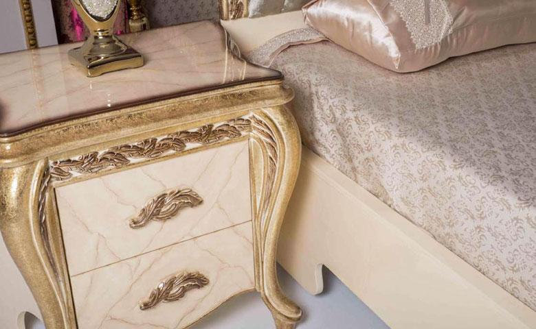 Klasik yatak odası komodin