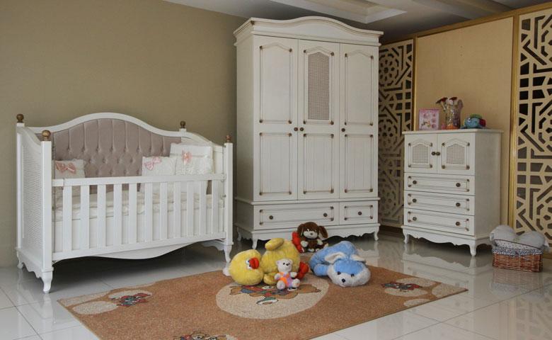 Klasik bebek odası modelleri