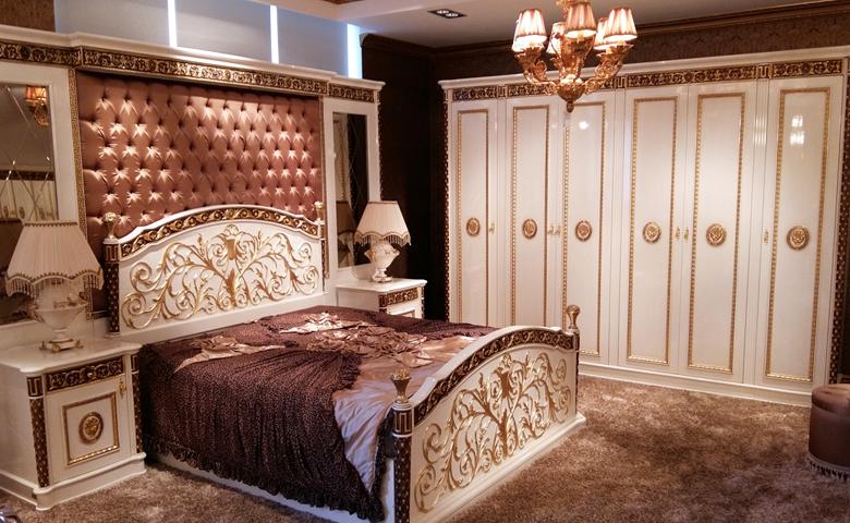 oymalı klasik yatak odası