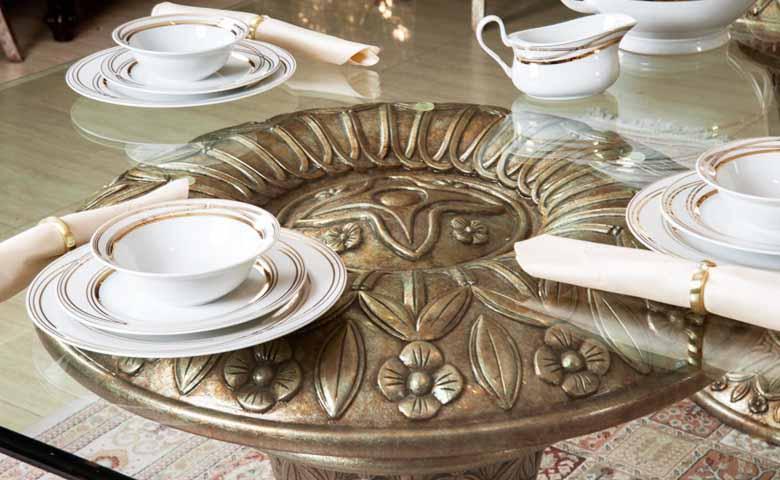 klasik yemek odası cam masa