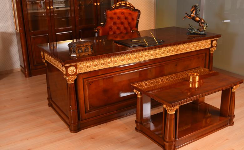 klasik ceviz altın ofis mobilyası