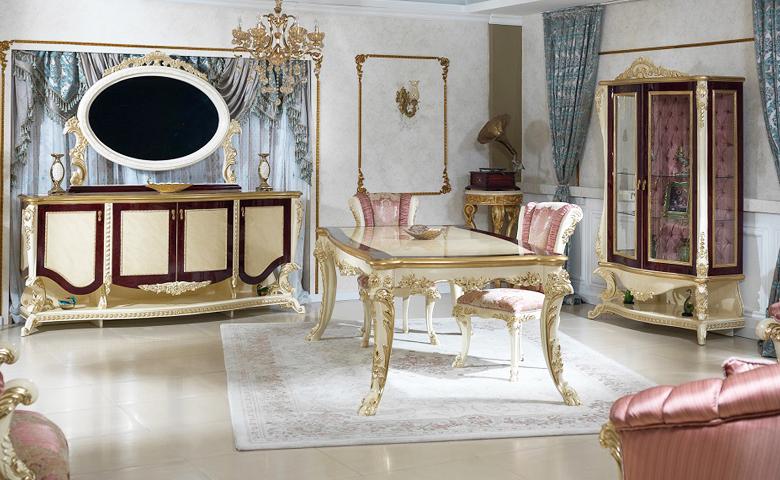 altın varaklı klasik yemek odası