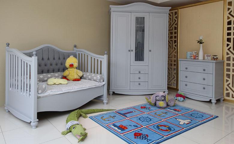 Klasik bebek odası takımları