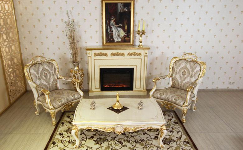 Altın varaklı koltuk takımı