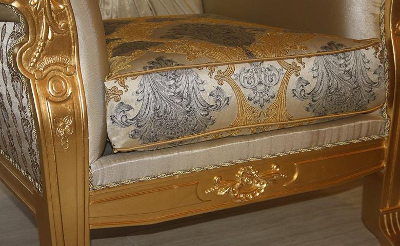 altın varak renginde klasik berjer