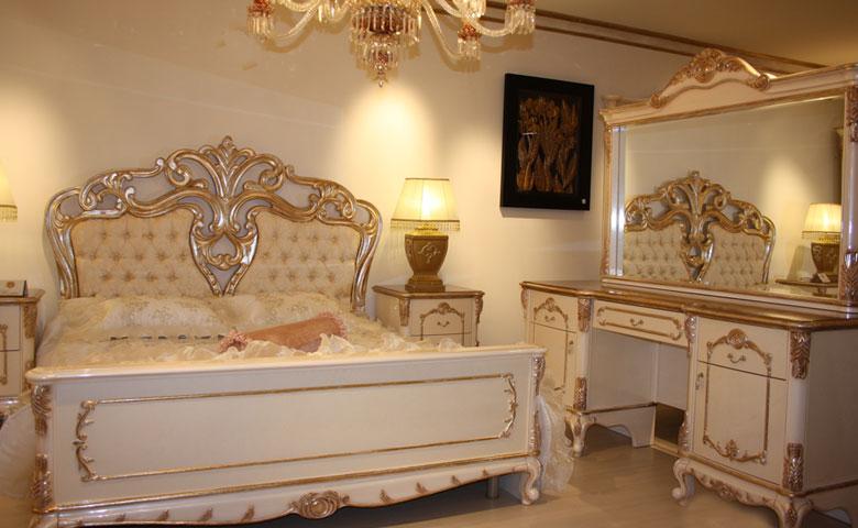 altın varak renkli yatak odası